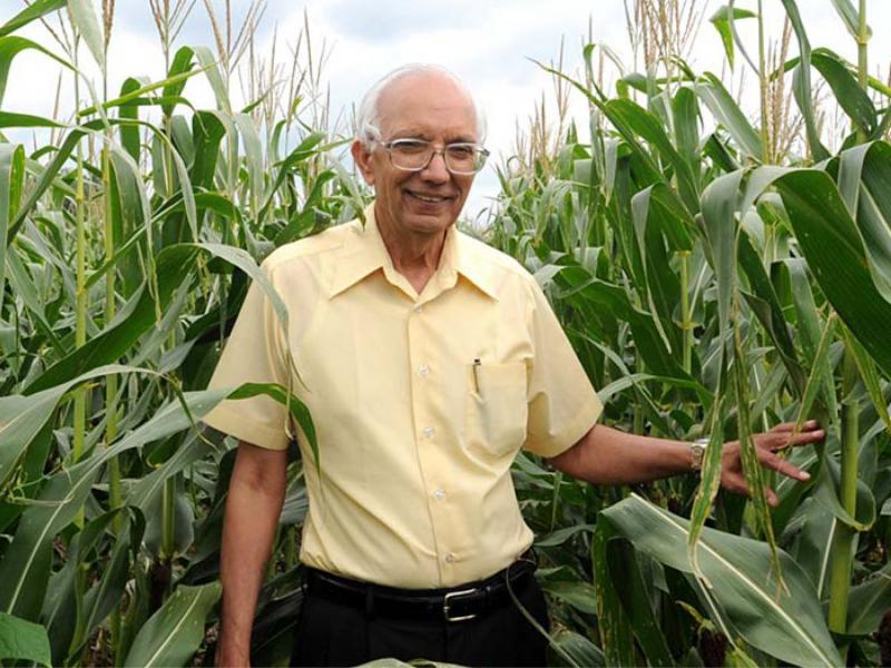 Rattan Lal in a field